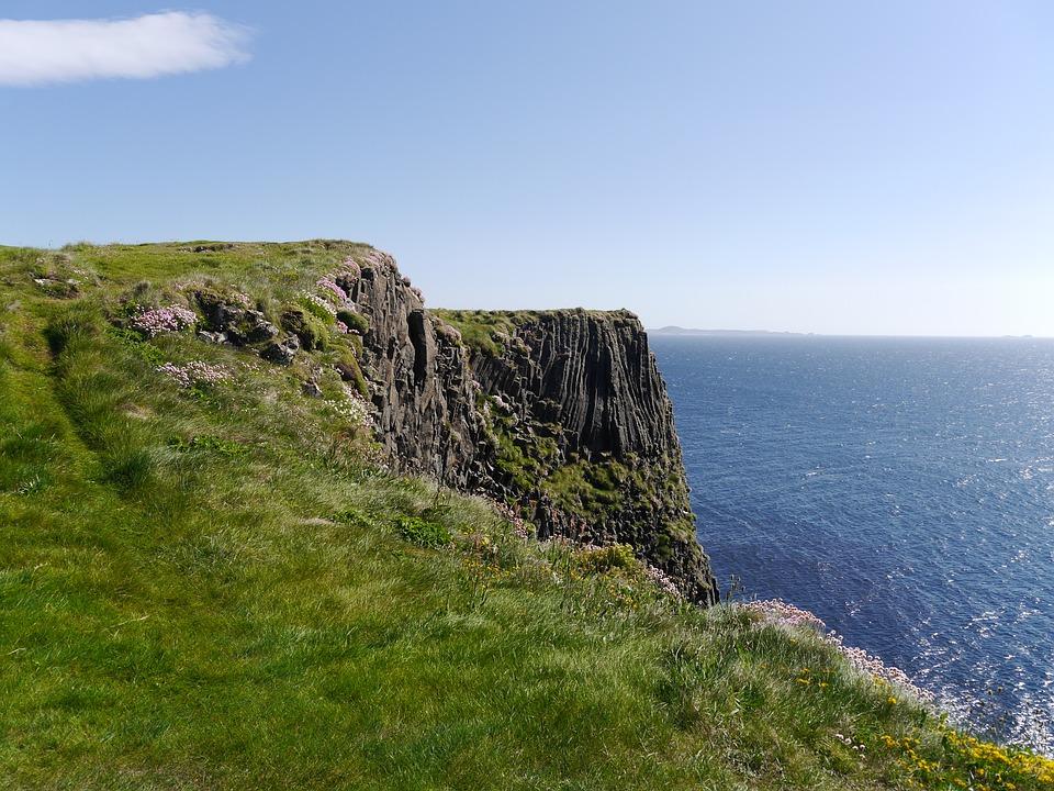 scotland, staffa, sea