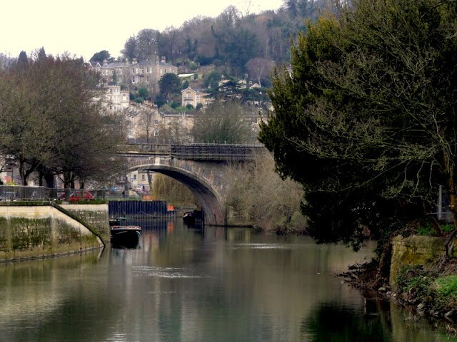 Please RT if you like!! #Travel The River Avon in Bath, England...