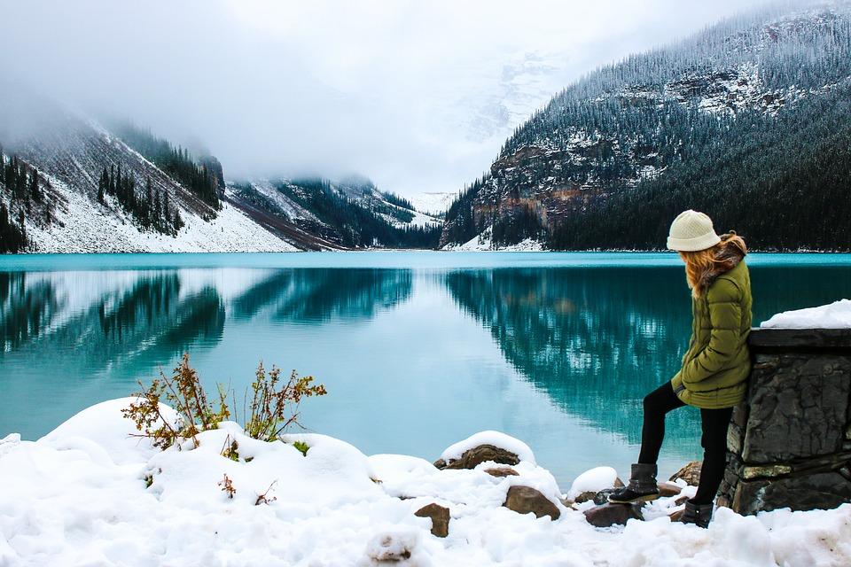 woman, hike, lake