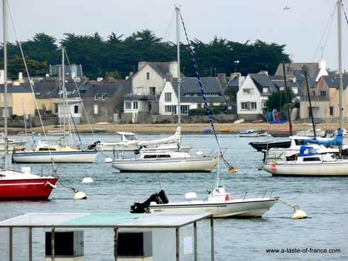 RT @france_images: Loctudy a popular sailing centre in #Brittany #France...