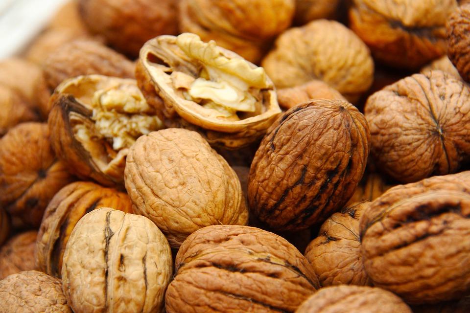 walnuts, fresh, shell